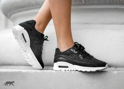 Nike Wmns Air Max 90 Ultra Plush (844886-001) schwarz