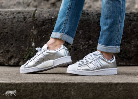 adidas Originals Superstar Boost W (BB2271) grau