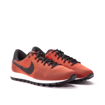 Nike Wmns Air Pegasus 83 KJCRD (828406-002) orange