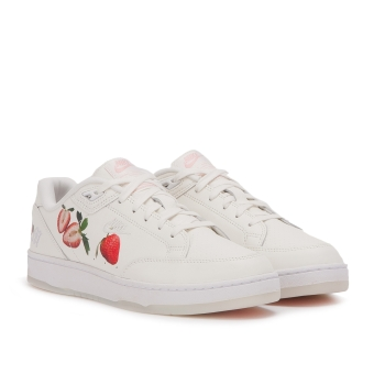 Nike Grandstand II Pinnacle (AO2642-100) weiss