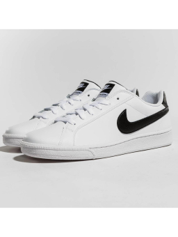 Nike Court Majestic Leather (574236100) weiss