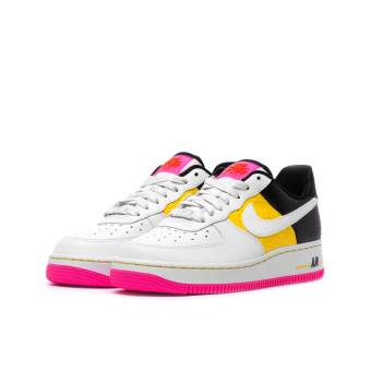 Nike Wmns Air Force 1 07 SE Moto (AT2583-100) weiss