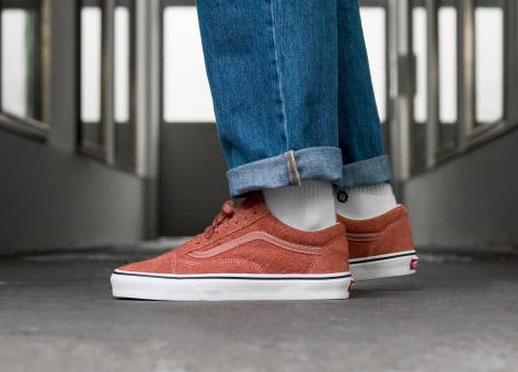 a560fce85a Vans Old Skool  Hairy Suede  in orange - VA38G1UNG