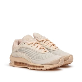 Nike Wmns Air Max Deluxe SE (AT8692-800) braun