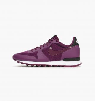 Nike Wmns Internationalist TP (749556 500) lila