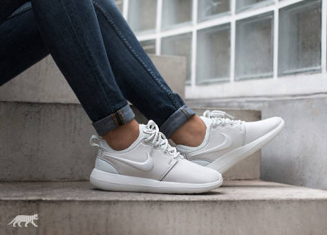 Nike Roshe Two SI Summit (881187100) weiss