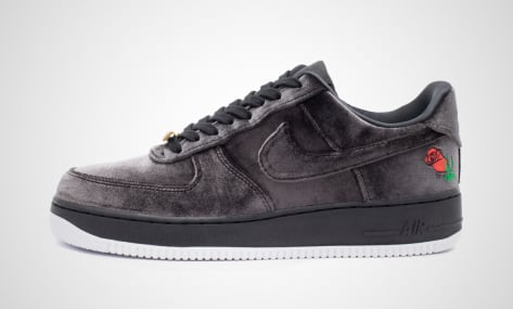 Nike Air Force 1 07 QS (AH8462-003) schwarz