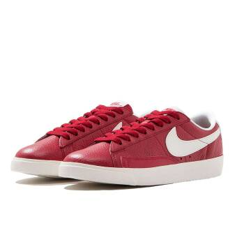 Nike Wmns Blazer Low prm Premium gym red (454471-601) rot