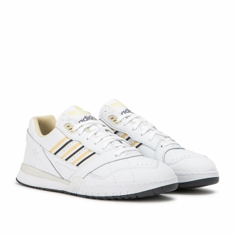 adidas Originals A R Trainer (BD7840) weiss