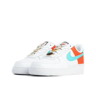 Nike Air Force 1 07 SE (AA0287 106) weiss