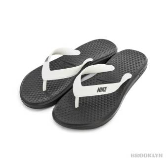 Nike Solay Thong (882699-005) grau