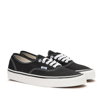 Vans Authentic 44 DX Anaheim Factory (VN0A38ENMR2) schwarz