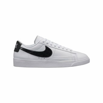 Nike Blazer Low Sneaker Essential (AO2133-100) weiss