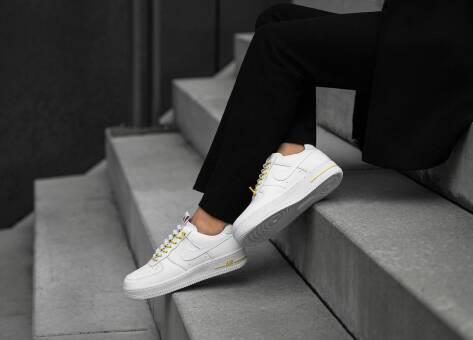 Nike Air Force 1 07 Lux (898889 104) weiss