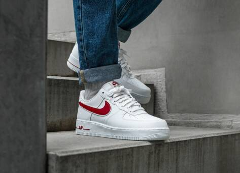 Nike Air Force 1 07 3 (AO2423-102) weiss