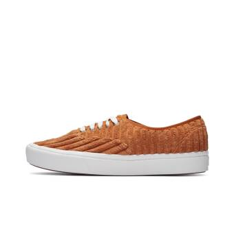 Vans UA ComfyCush Authentic Jumbo Cord (VN0A3WM7V9S1M) orange