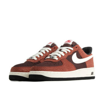 Nike Air Force 1 Premium (CV5567-200) braun