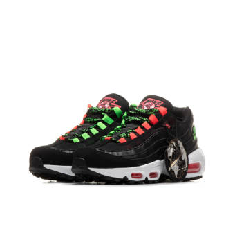 Nike Air Max 95 SE Worldwide (CV9030-001) schwarz