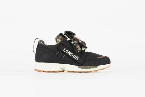 adidas Originals ZX 8000 *Out There* (S42592) schwarz