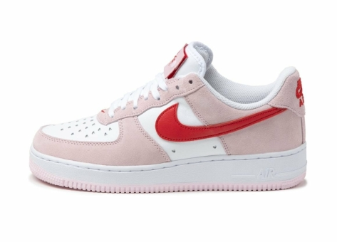 Nike Air Force 1 07 QS *Valentines Day* (DD3384 600) pink