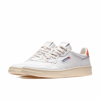 Autry 01 LOW (A10EAULMLL24) weiss