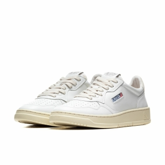 Autry 01 LOW (AULMLN15) weiss