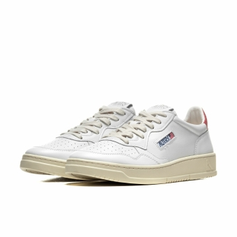 Autry 01 Low Leather (A10IAULMLL21) weiss