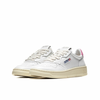 Autry WMNS  01 LOW (aulwln27) weiss