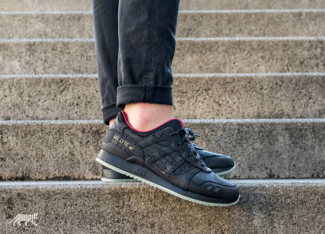 Asics Gel Lyte III Lacquer Pack (H7R4N 9090) schwarz