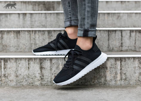 adidas Originals FLB Runner W PK Core Black White (BY2800) schwarz