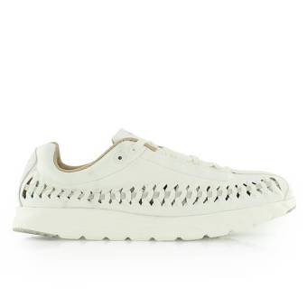 Nike Wmns Mayfly Woven Sail (833802-100) weiss
