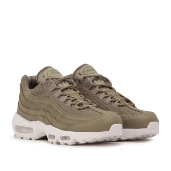 Nike Air Max 95 Essential (749766-201) grün