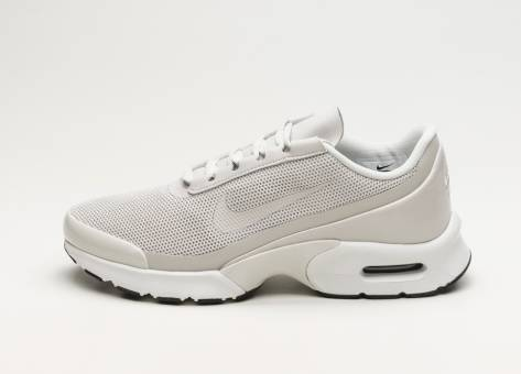 Nike Wmns Air Max Jewell (896194 008) bunt