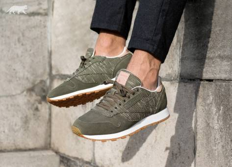 Reebok Classic Leather EBK army green chalk sand (BS6237) grün