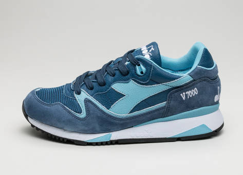 Diadora V7000 *Made in Italy* (170942 C6582) blau