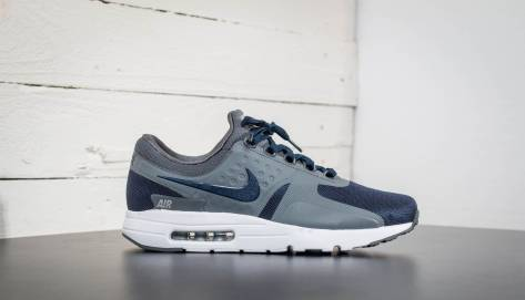 Nike Air Max Zero Essential (876070-402) blau