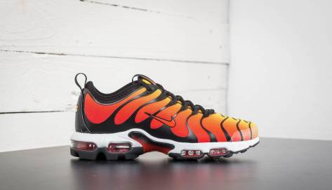 Nike Air Max Plus TN Ultra Black (898015-004) schwarz