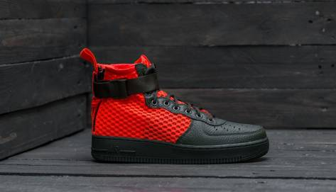 Nike SF Air Force MID 1 QS (AA7345-300) rot