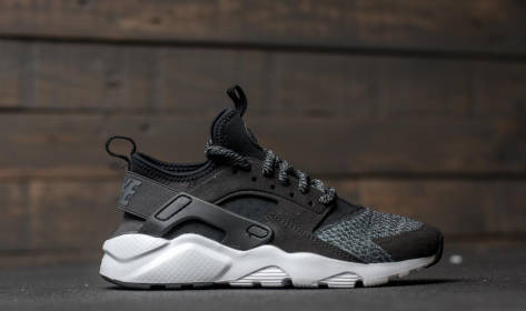 Nike Air Huarache Run Ultra SE GS (942121-004) schwarz