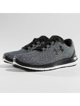 Under Armour Remix (3020193001) grau