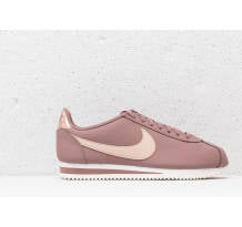 Nike Classic Cortez Leather Sneaker (AV4618-200)