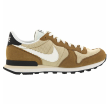 Nike Internationalist Sneaker (828041-701)