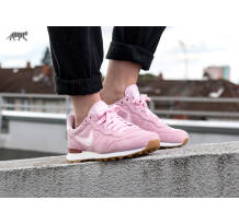 Nike Wmns Internationalist SD Sneaker (919925-600)