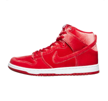 Nike Dunk High Premium Velvet Red Sneaker (313171-661)