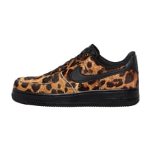Nike WMNS Air Force 1 07 LX Sneaker (898889-001)
