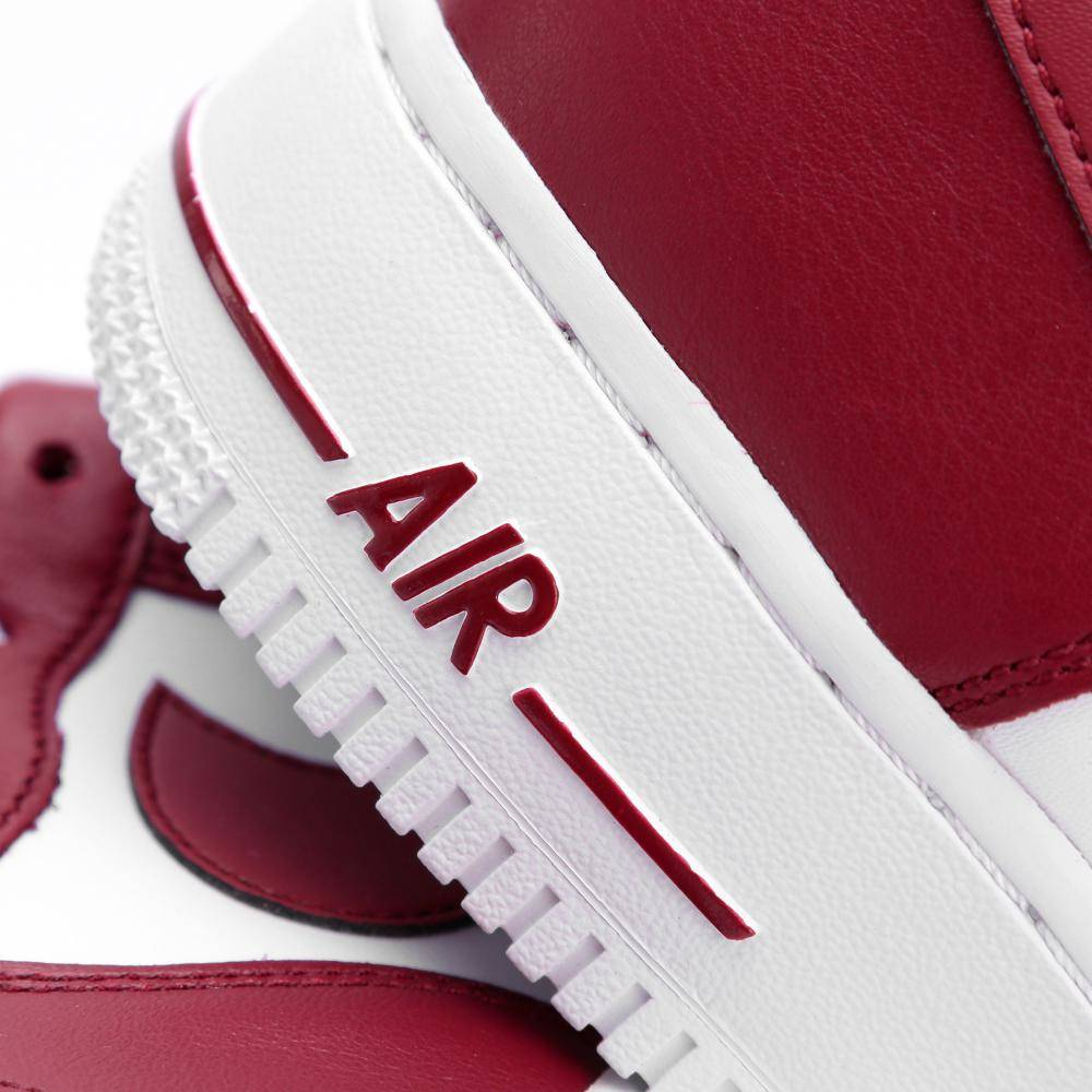 new product 13e12 765a4 Nike Air Force 1 LOW in rot - AQ4134-600  everysize