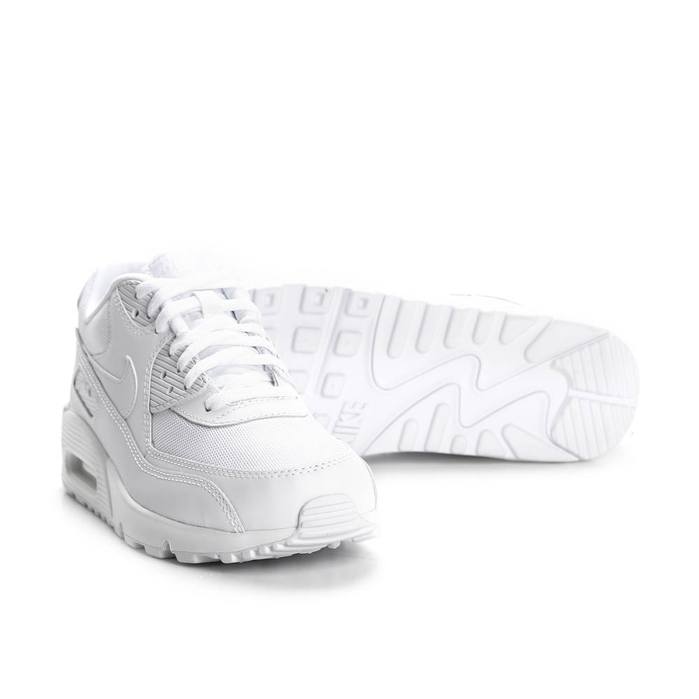 Nike Air Max 90 Essential in weiss 537384 111 | everysize